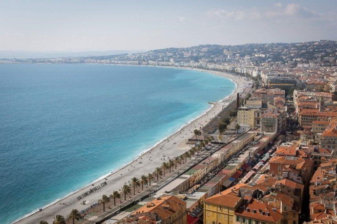 The beautiful city of Nice from the viewpoint at castle hill, days out in Nice