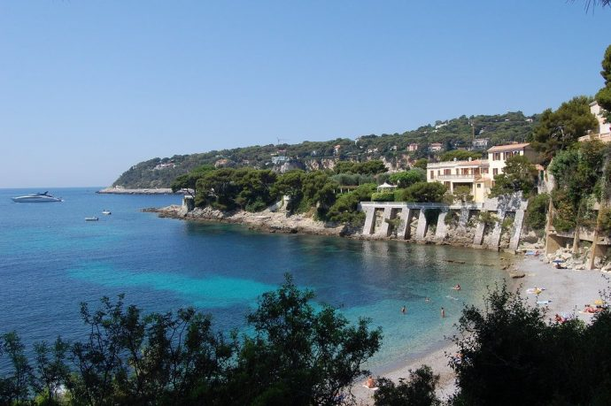 Cap Ferrat beach, turquoise water, secret beaches on the French Riviera