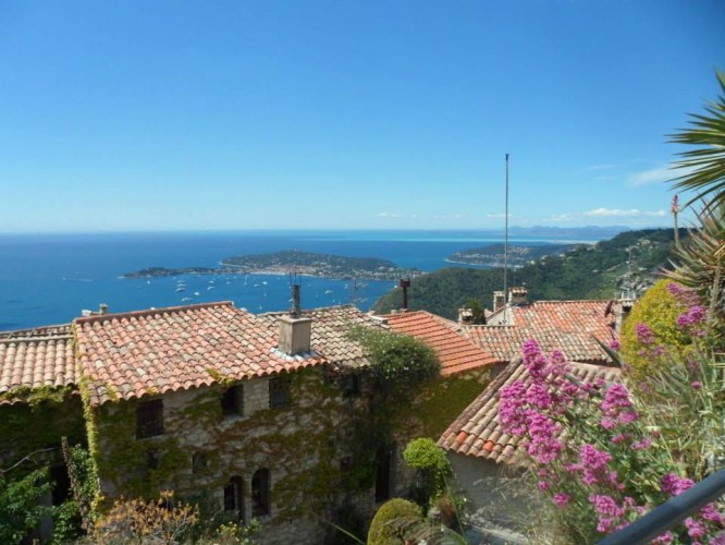 Eze views
